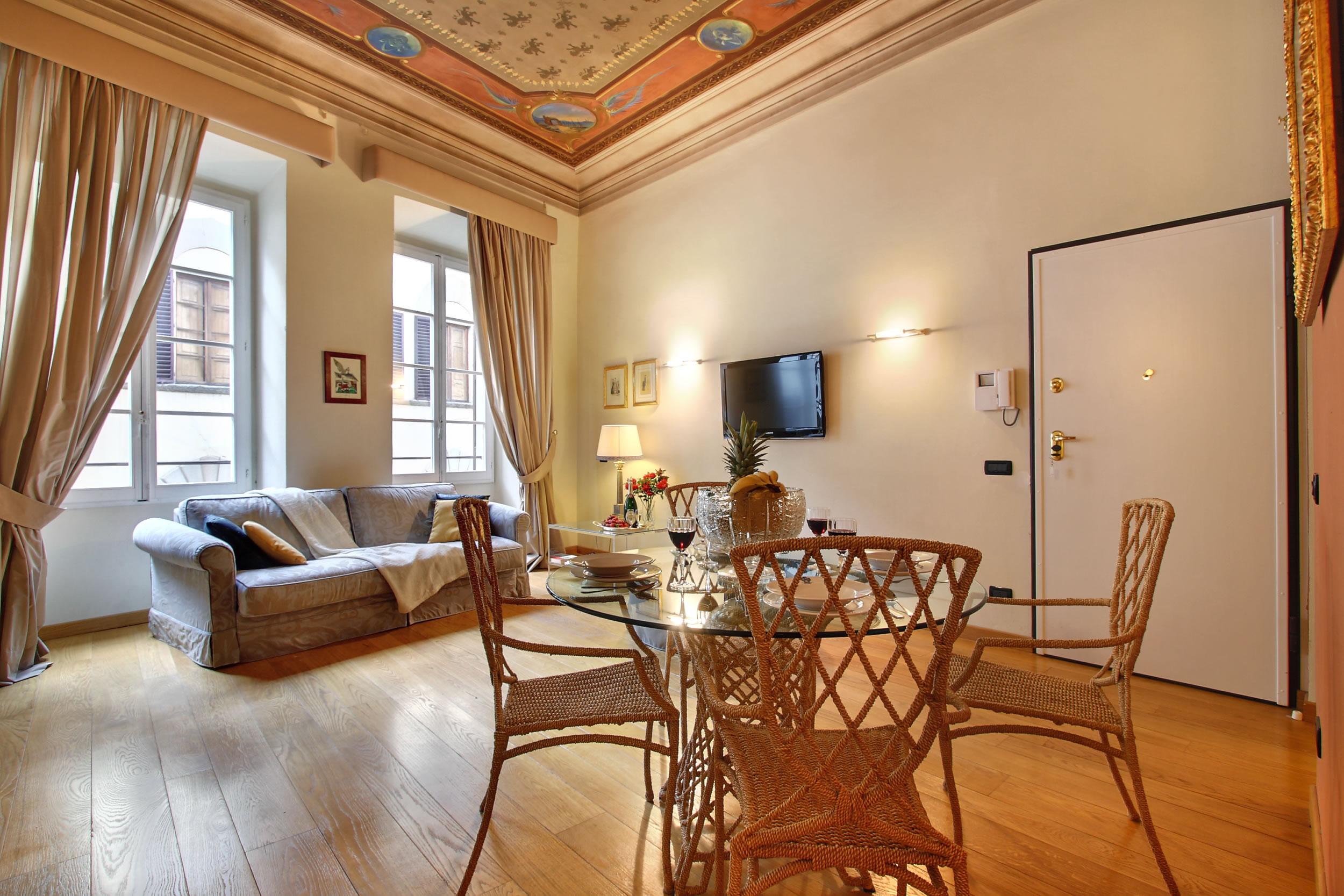 Appartamenti di lusso nel centro storico di firenze for Appartamenti di lusso